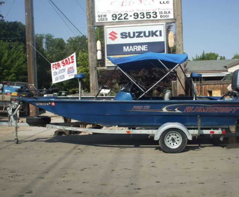 2007 Alumacraft aluminum boat