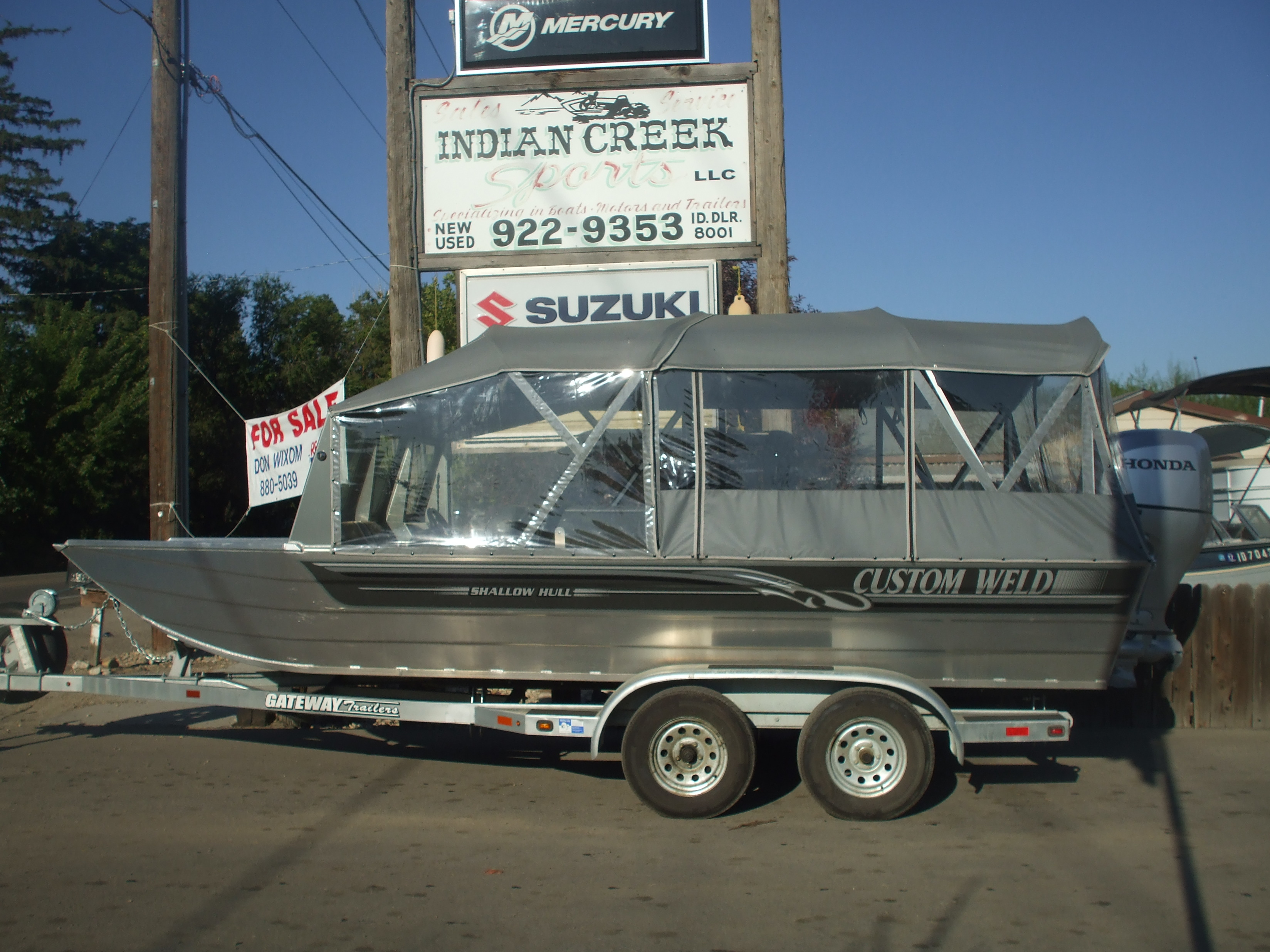 2016 20ft New Shallow Water boat