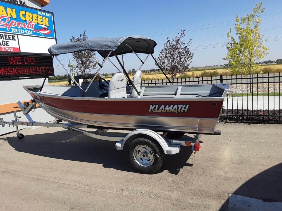 2021 Klamath 15 Adv Maroon boat – $16,749