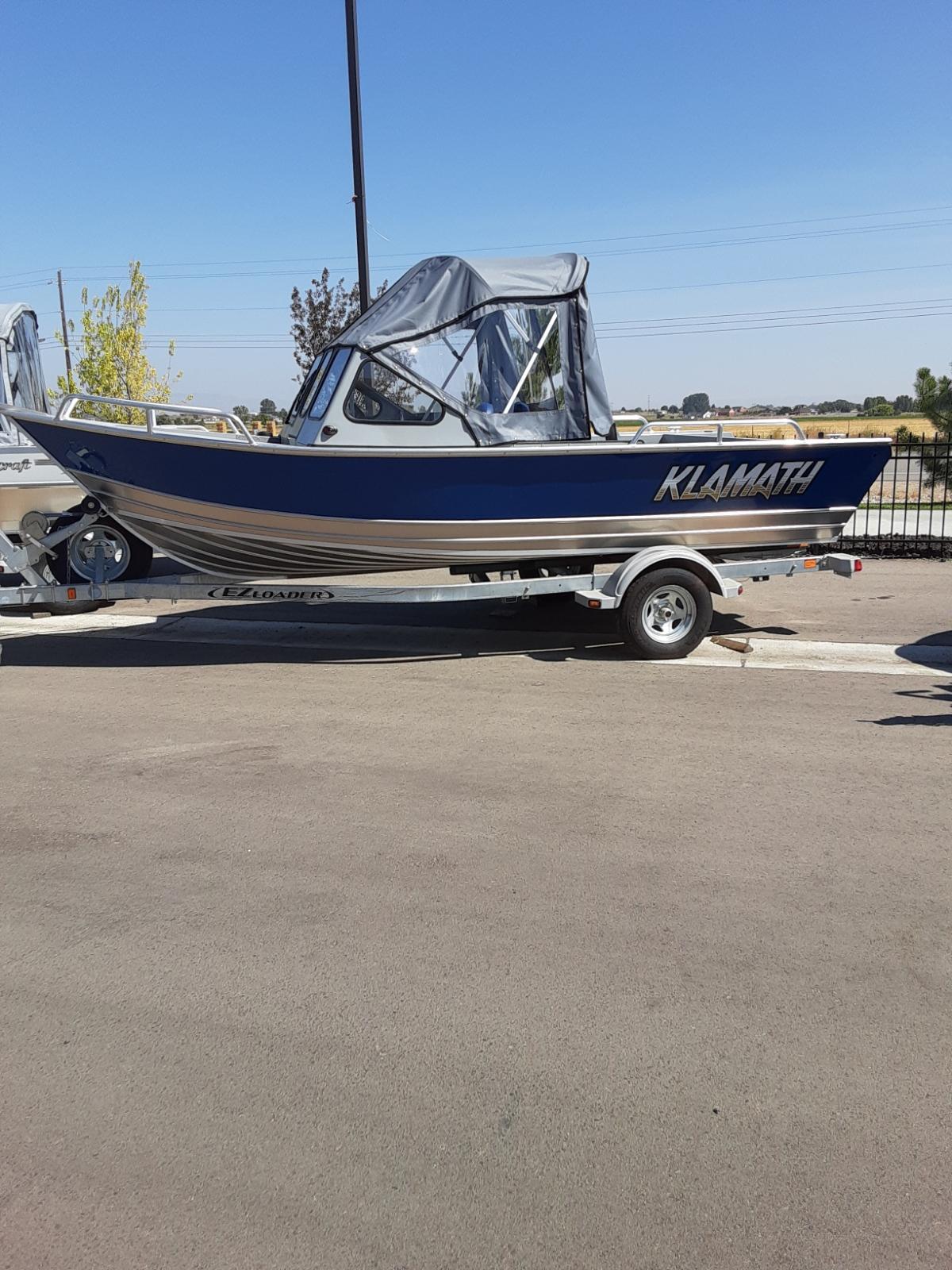 2021 Klamath 19 GTX boat – $32,431