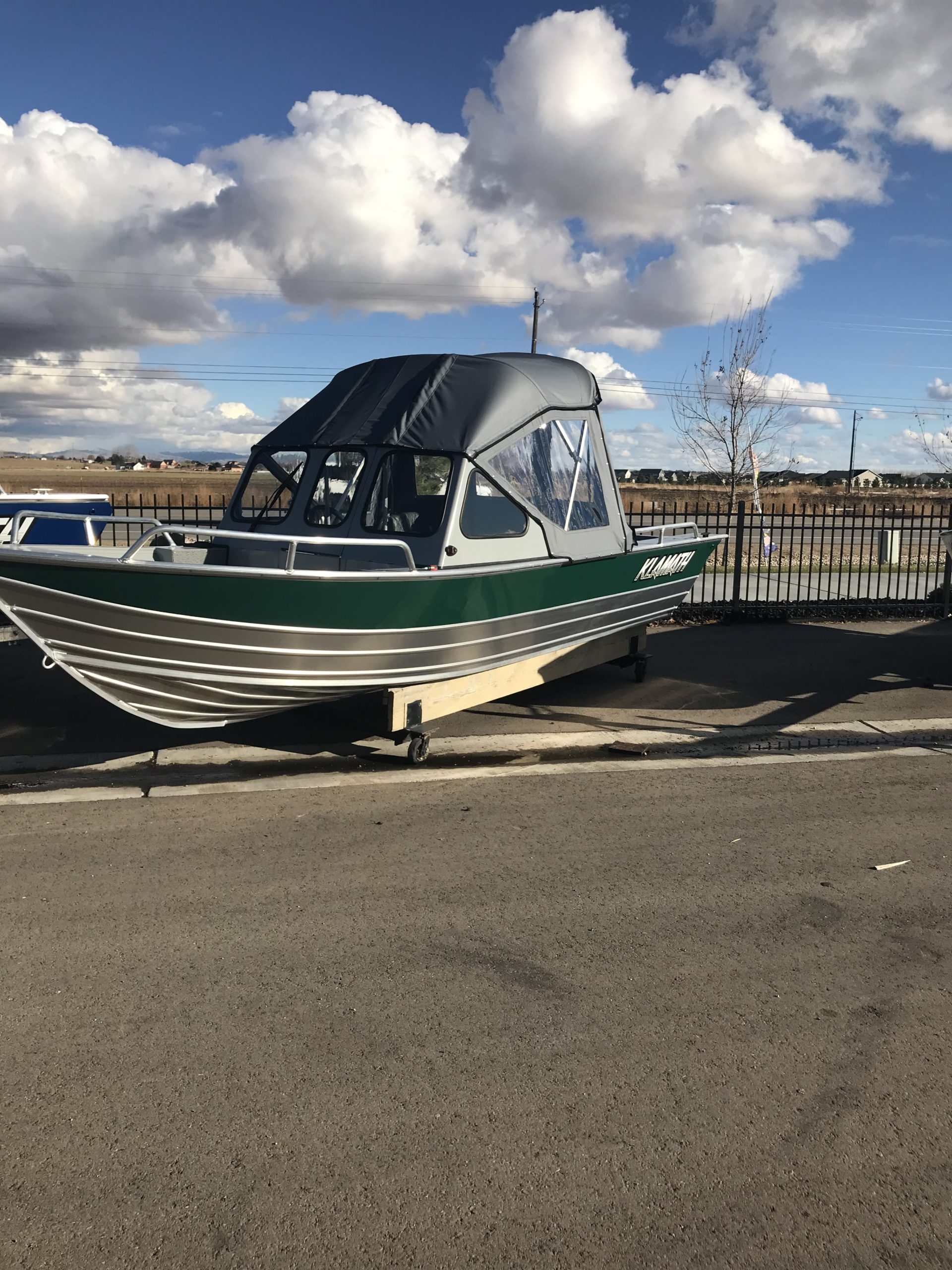 2021 18ft Klamath OPW boat